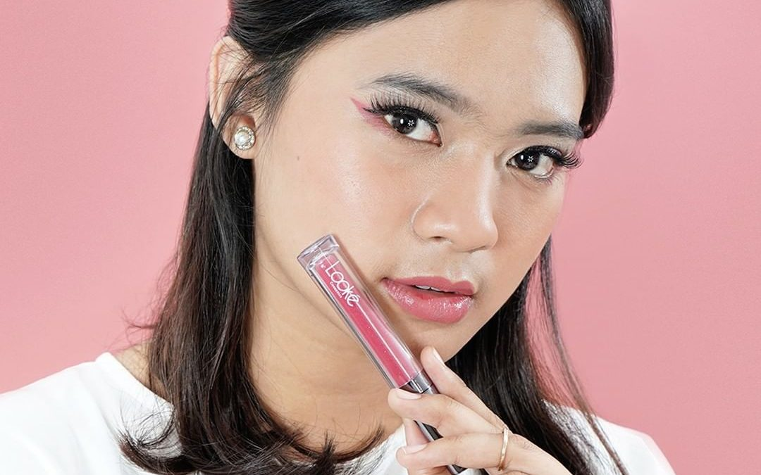 Makeup Simple Pakai Looké Holy Lip Polish