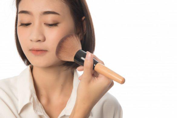 makeup cakey