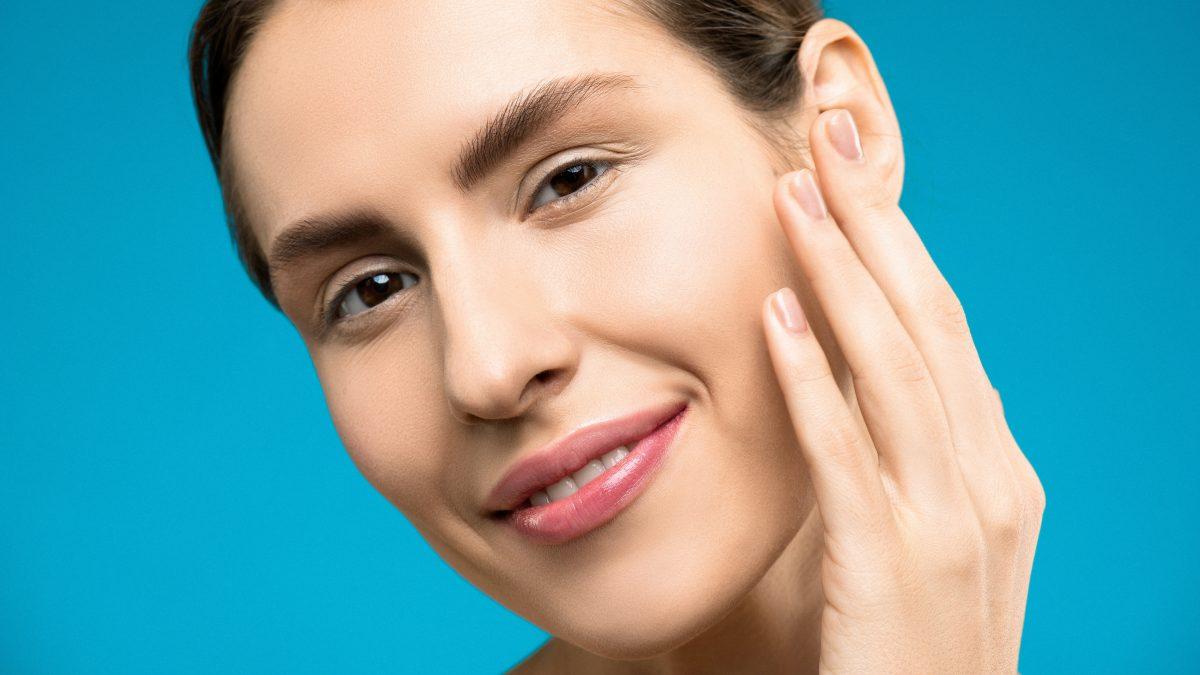 Urutan Makeup Untuk Tampil Flawless Seharian